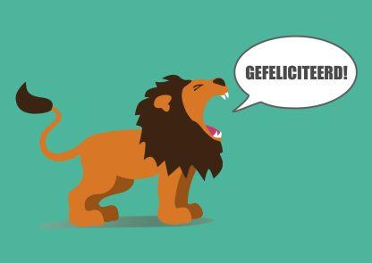 wenskaart gefeliciteerd - vrolijke leeuw felicitatie postkaart